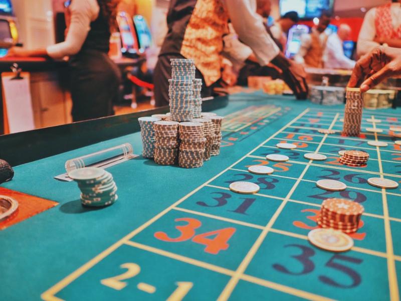 Sú kasínové hry športom, zábavou, zárobkom alebo bláznovstvo?